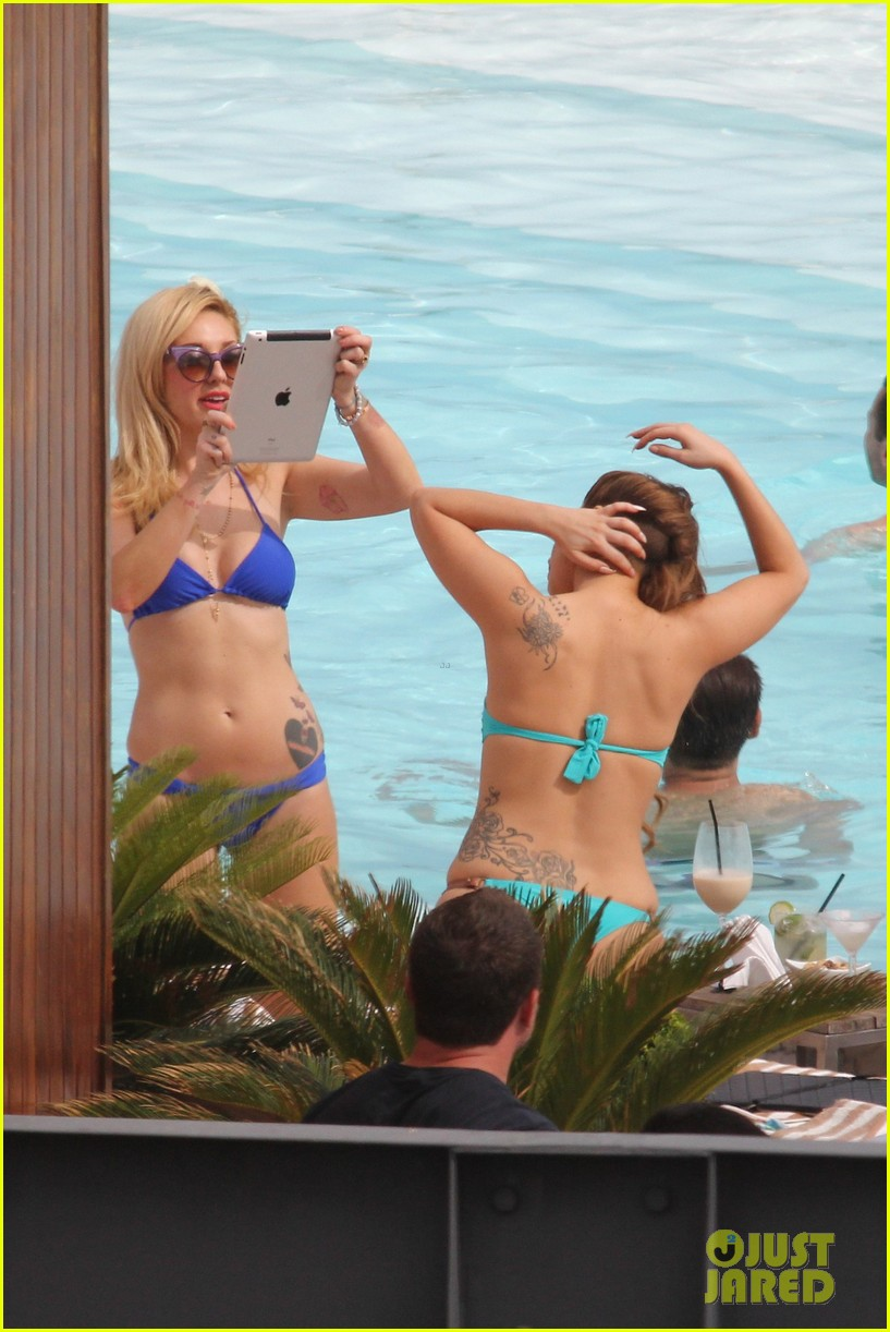 lady gaga bikini poolside babe 252753603