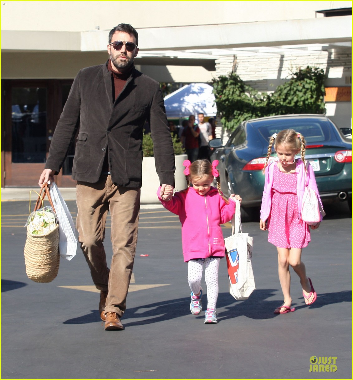 jennifer garner ben affleck pacific palisades farmer market stop 15