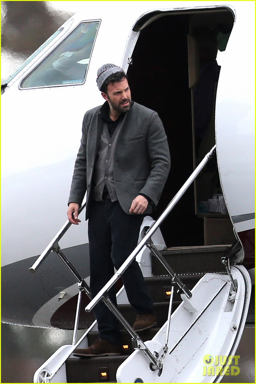 ben affleck visits jennifer garner kids new orleans 07