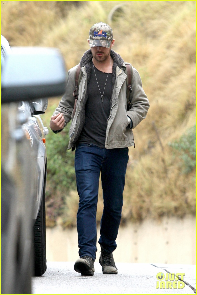 ryan gosling eva mendes visit friends separately 18