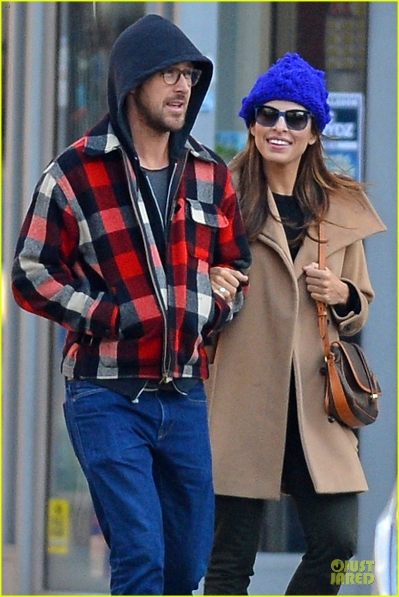 Ryan Gosling with Girlfriend