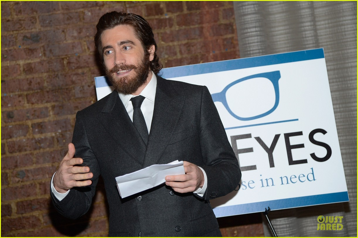 jake gyllenhaal new eyes for the needy gala honoree 11
