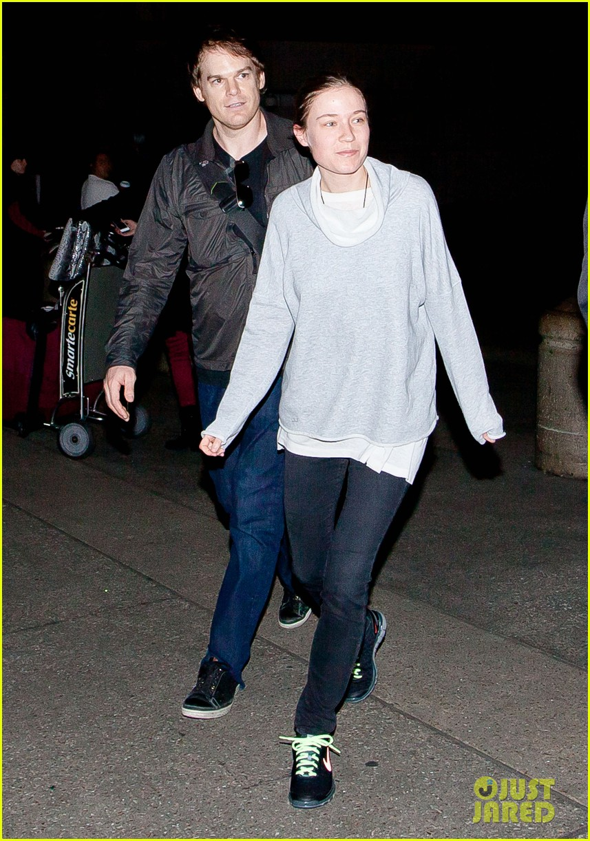 michael c hall morgan macgregor lax arrival 01