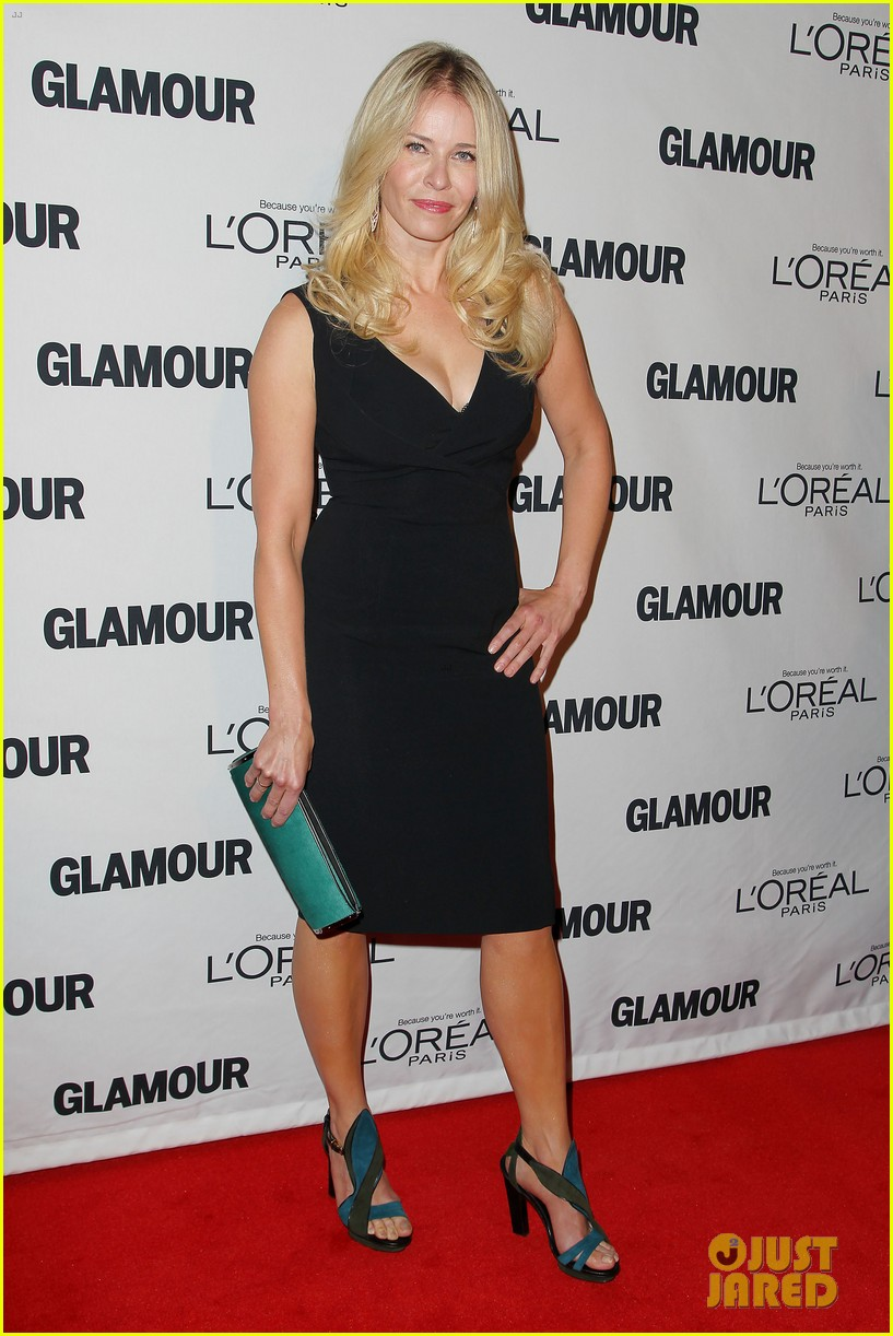 lena dunham glamour women of the year awards 2012 01