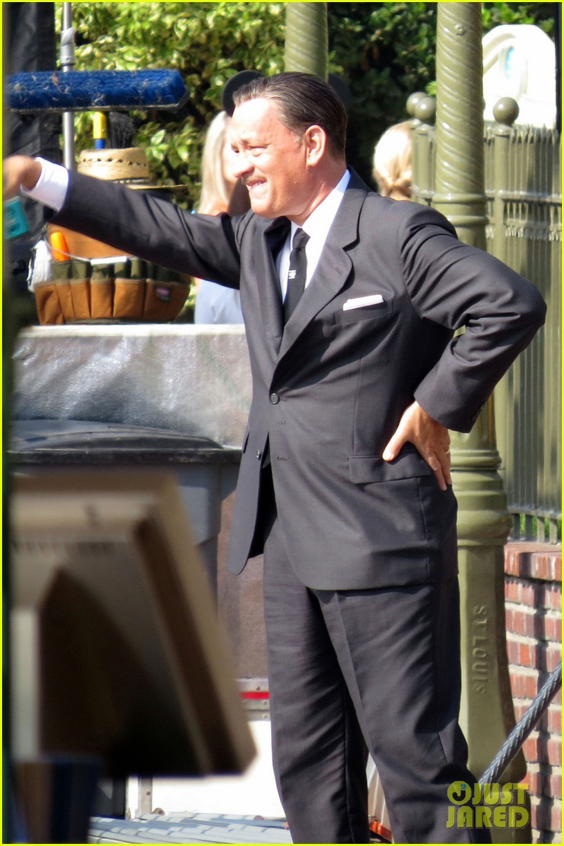 tom hanks as walt disney in saving mr banks first look 05