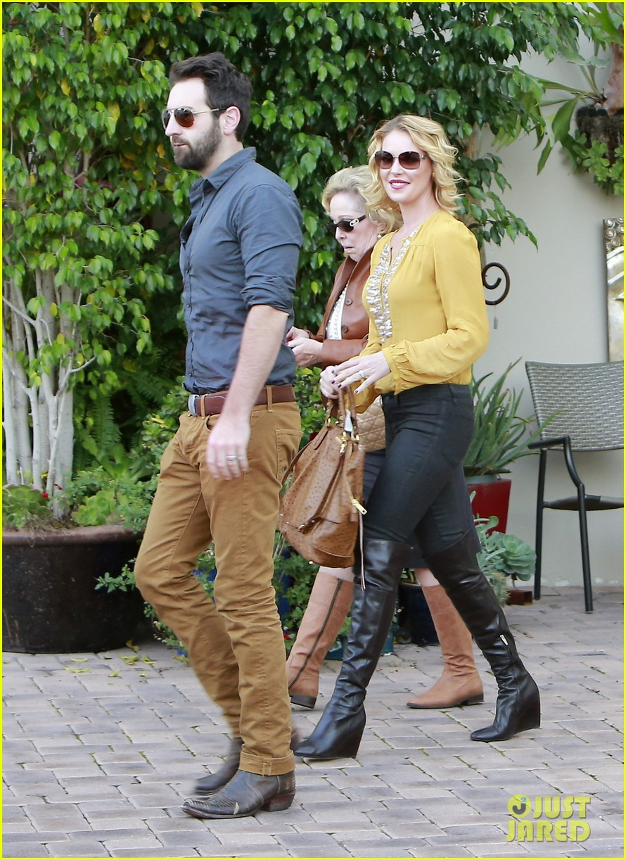 katherine heigl birthday lunch with josh kelley mom nancy 10