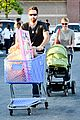 katherine heigl josh kelley naleigh birthday party shopping 01
