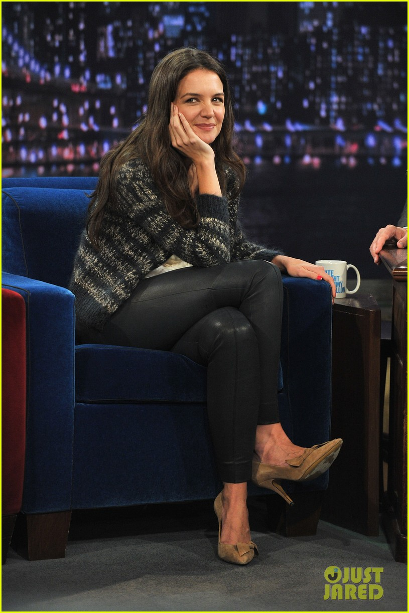 katie holmes plays charades on late night with jimmy fallon 09