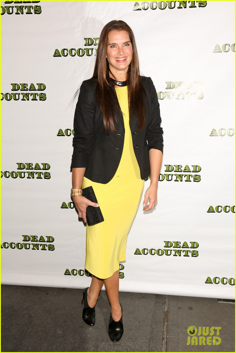 katie holmes dead accounts opening night on broadway 07