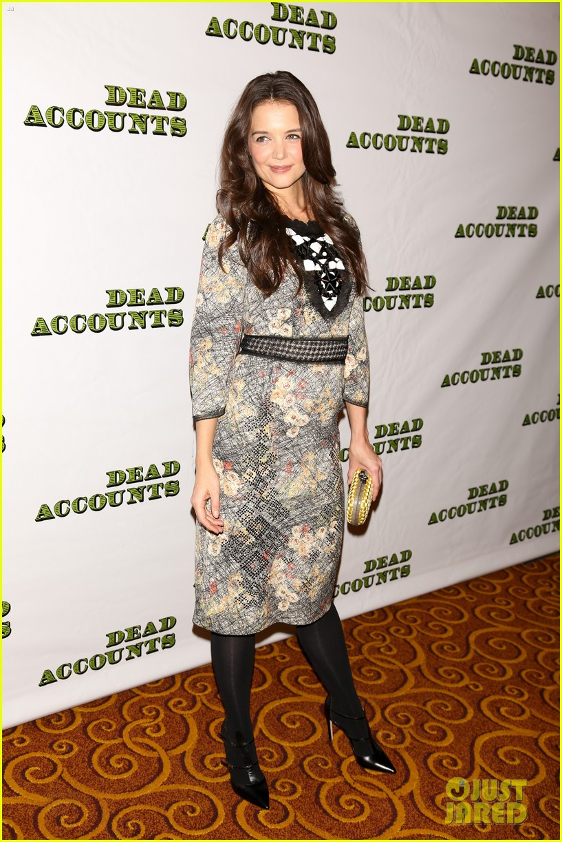 katie holmes dead accounts opening night on broadway 25