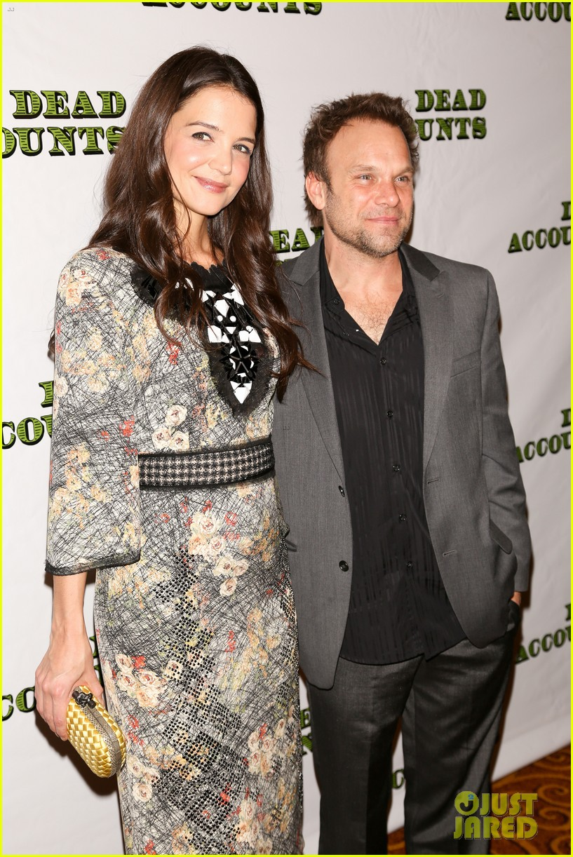 katie holmes dead accounts opening night on broadway 27