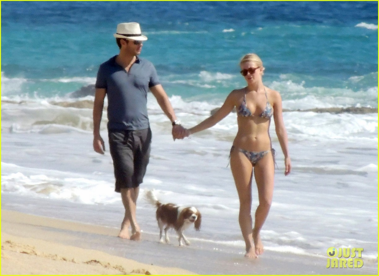 julianne hough bikini beach day ryan seacrest 13