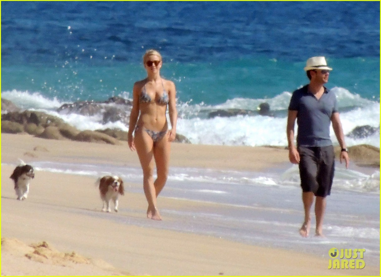julianne hough bikini beach day ryan seacrest 16