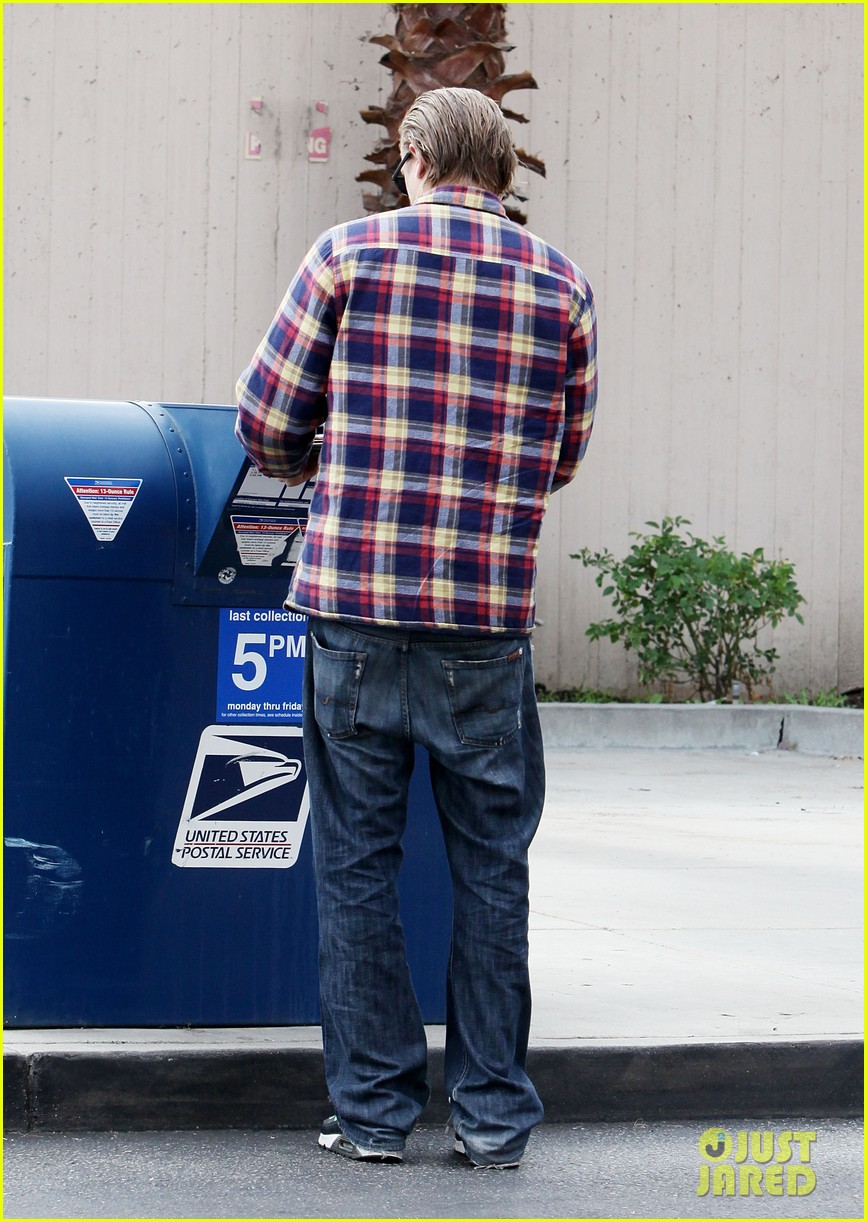 charlie hunnam post office stop 06