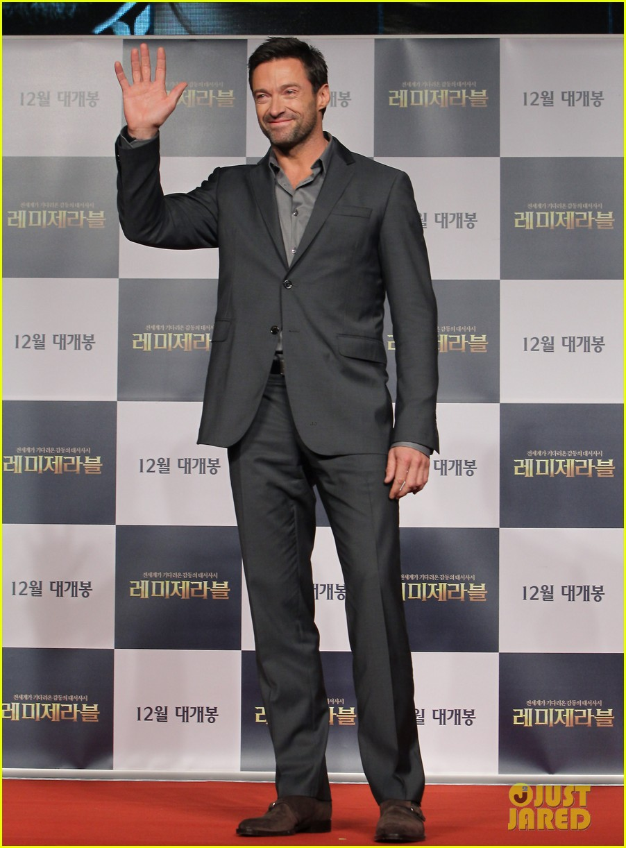 hugh jackman les miserables south korea premiere 01
