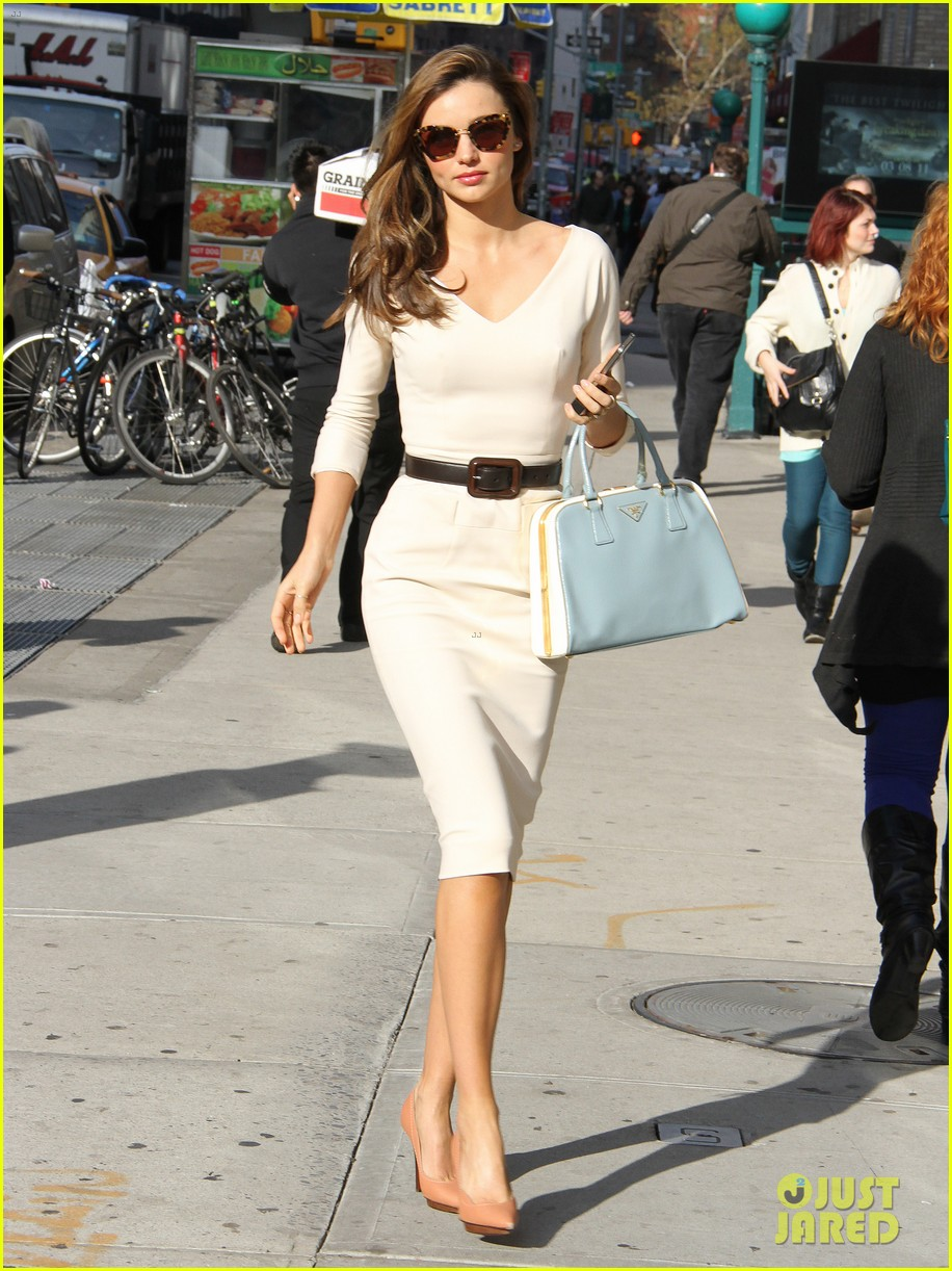 miranda kerr vogue office visit 152756047