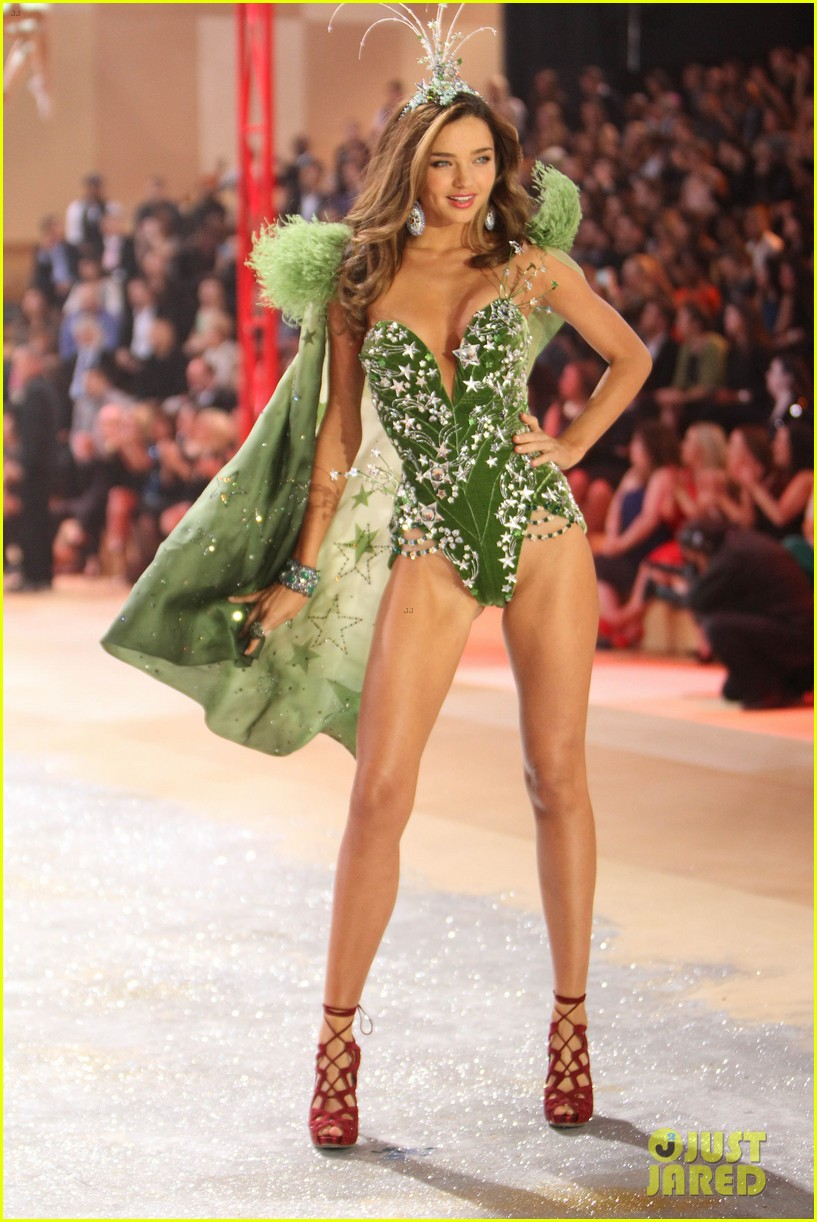 miranda kerr victorias secret fashion show 2012 06