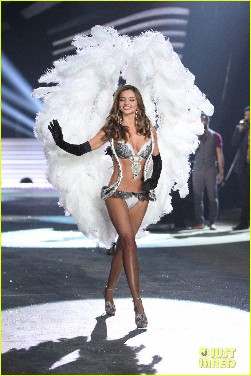 miranda kerr victorias secret fashion show 2012 14