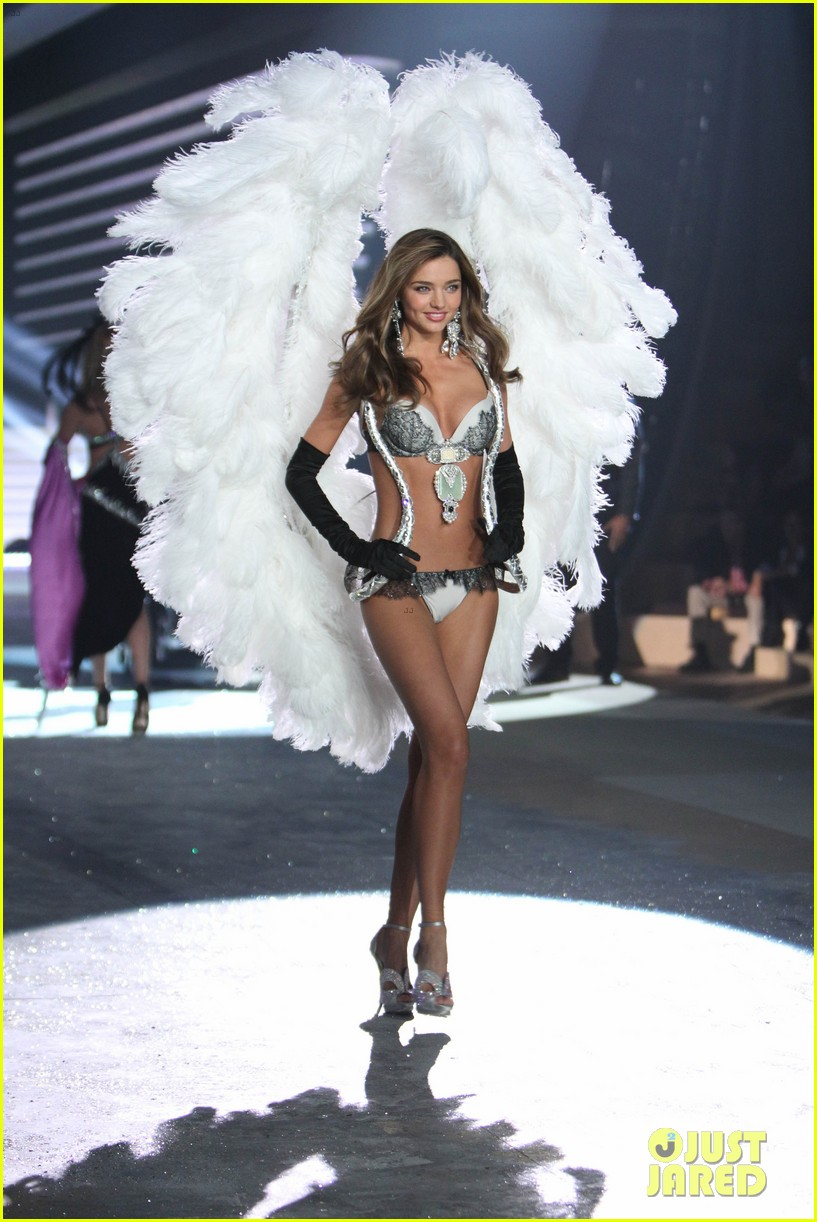 miranda kerr victorias secret fashion show 2012 16