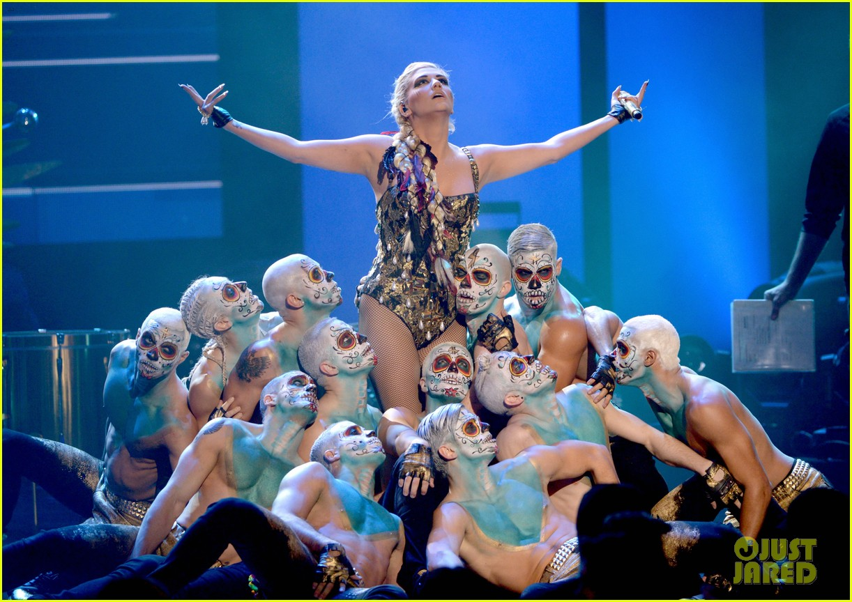 kesha amas performance 02