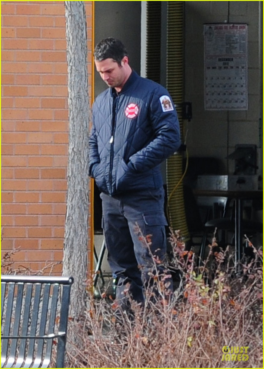 taylor kinney jesse spencer chicago fire set 102765040