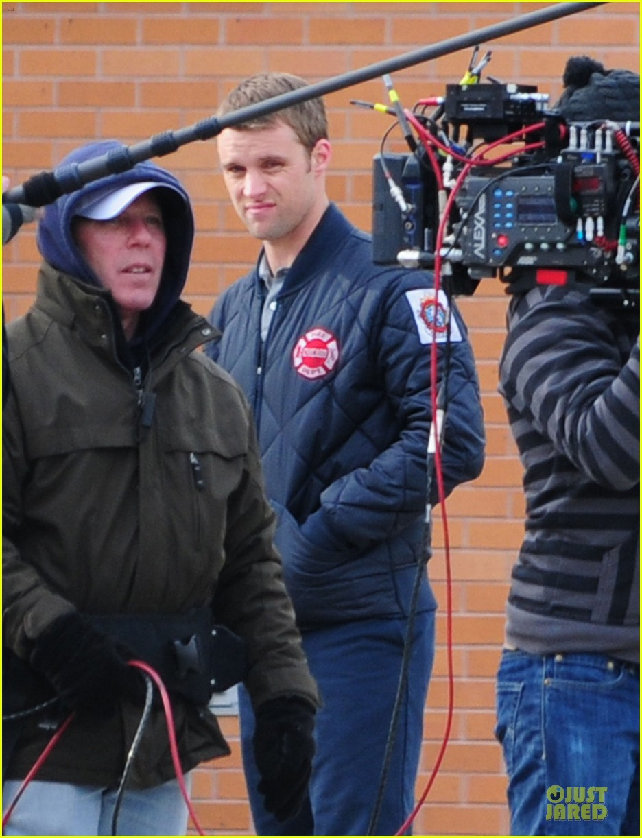 taylor kinney jesse spencer chicago fire set 17