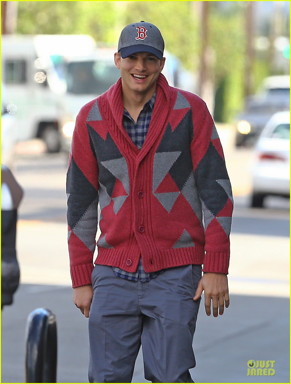 ashton kutcher new two and a half men love interest 02