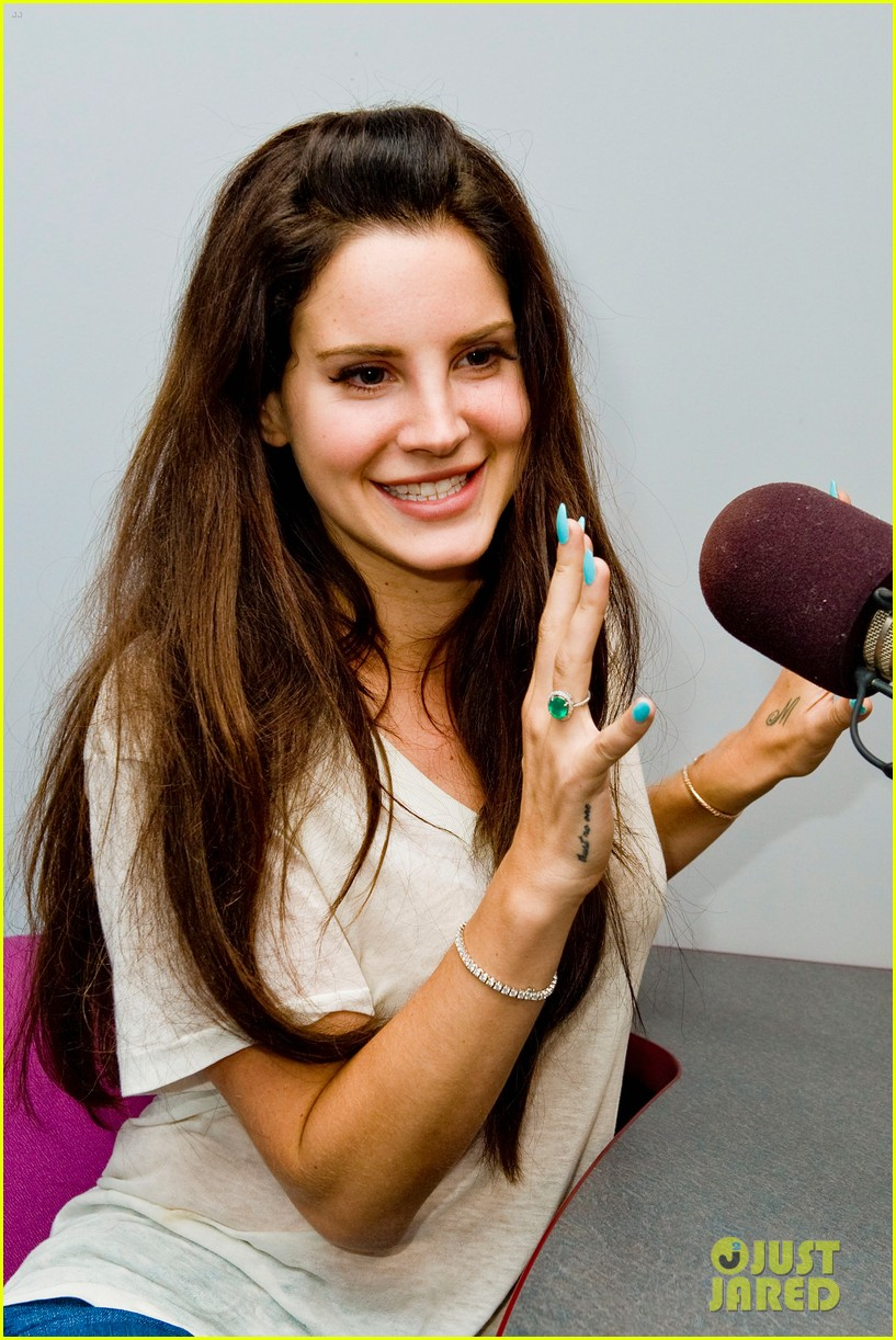 lana del rey just jared interview jaime king 13