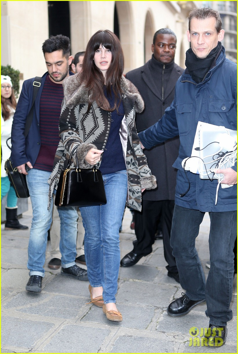 lana del rey scotts restaurant with barrie james oneill 09