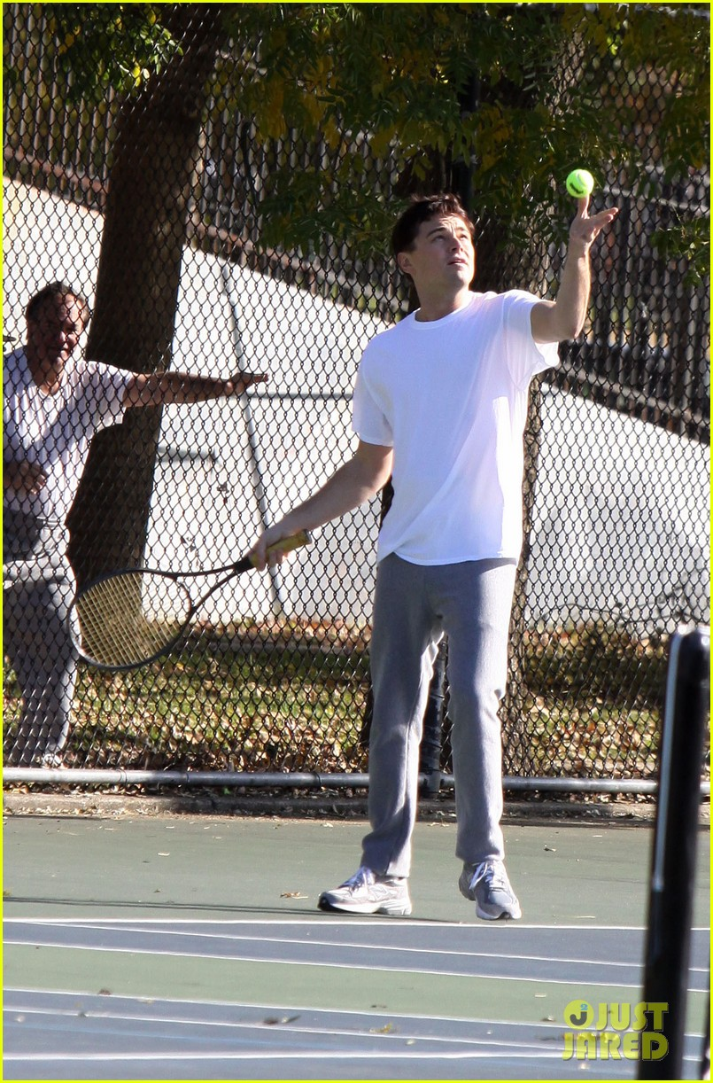 leonardo dicaprio wolf of wall street tennis match 04