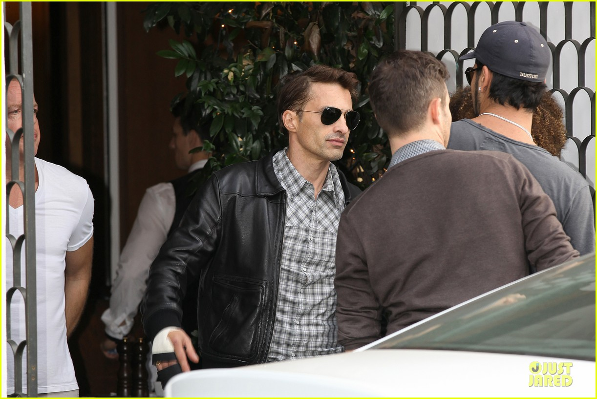 olivier martinez hand brace for lunch with eduardo cruz 042764892