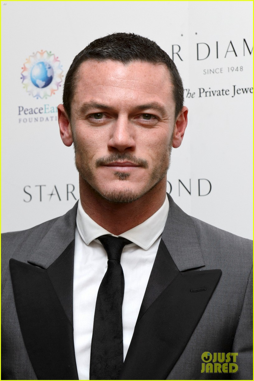jonathan rhys meyers james mcavoy peaceearth gala 03