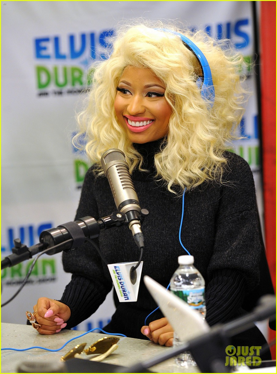 nicki minaj shut out of own album release party 08