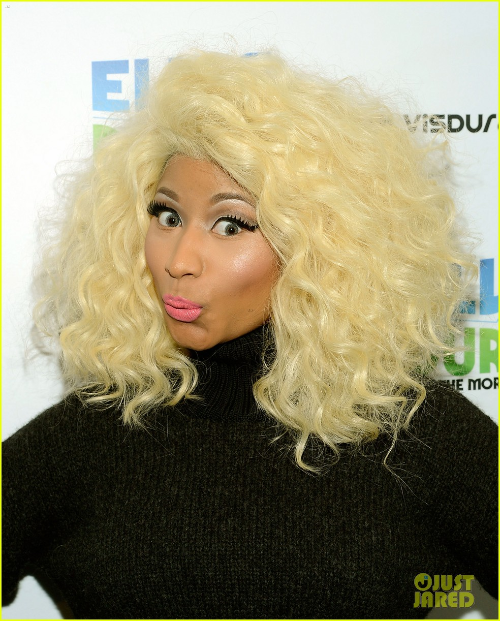 nicki minaj shut out of own album release party 15