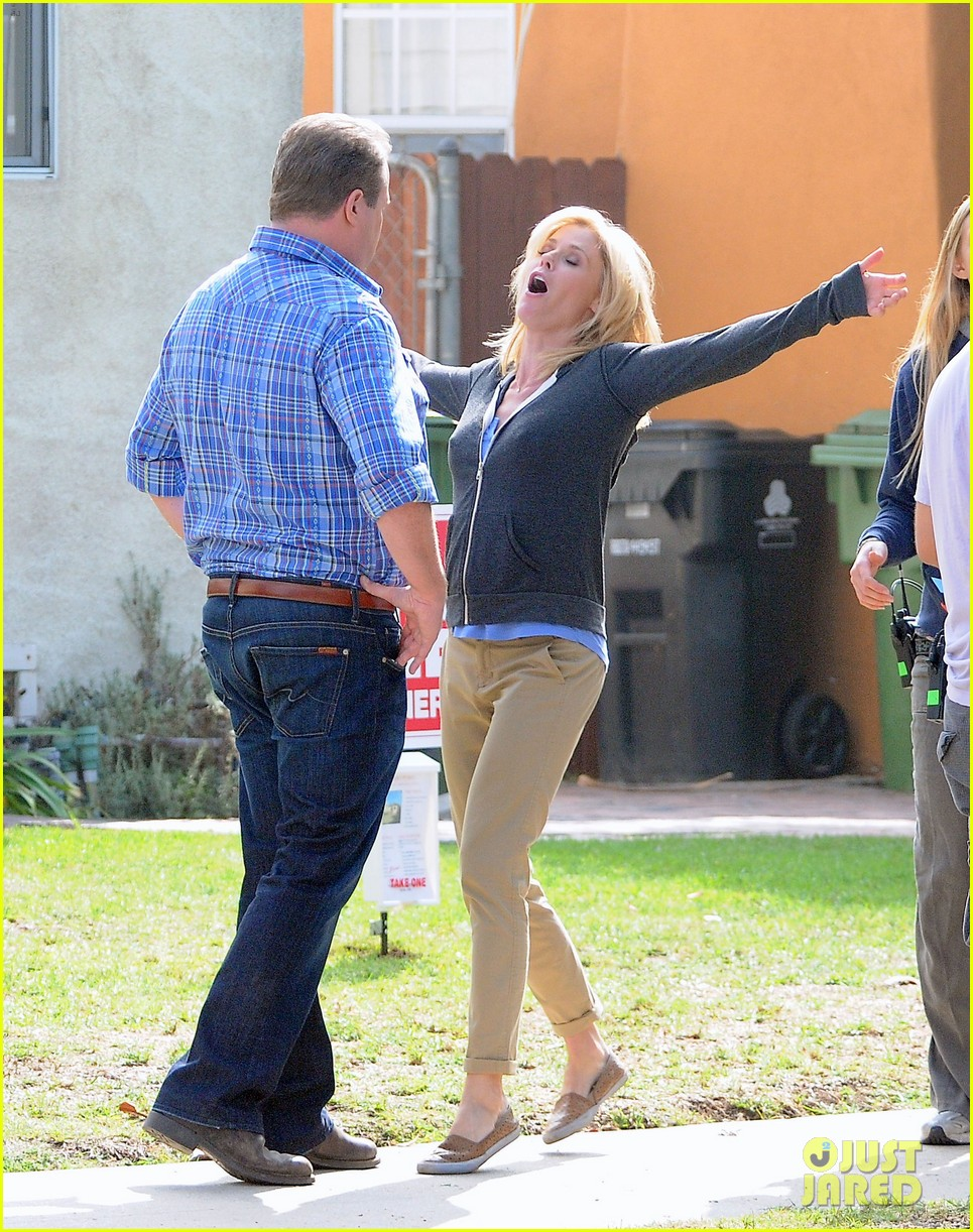 modern family filming scenes 01