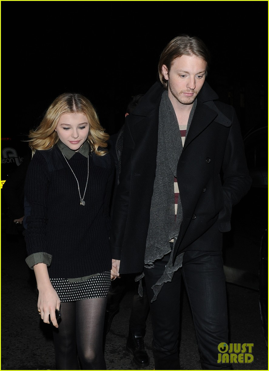 chloe moretz rihanna 777 tour concertgoer in london 042761356