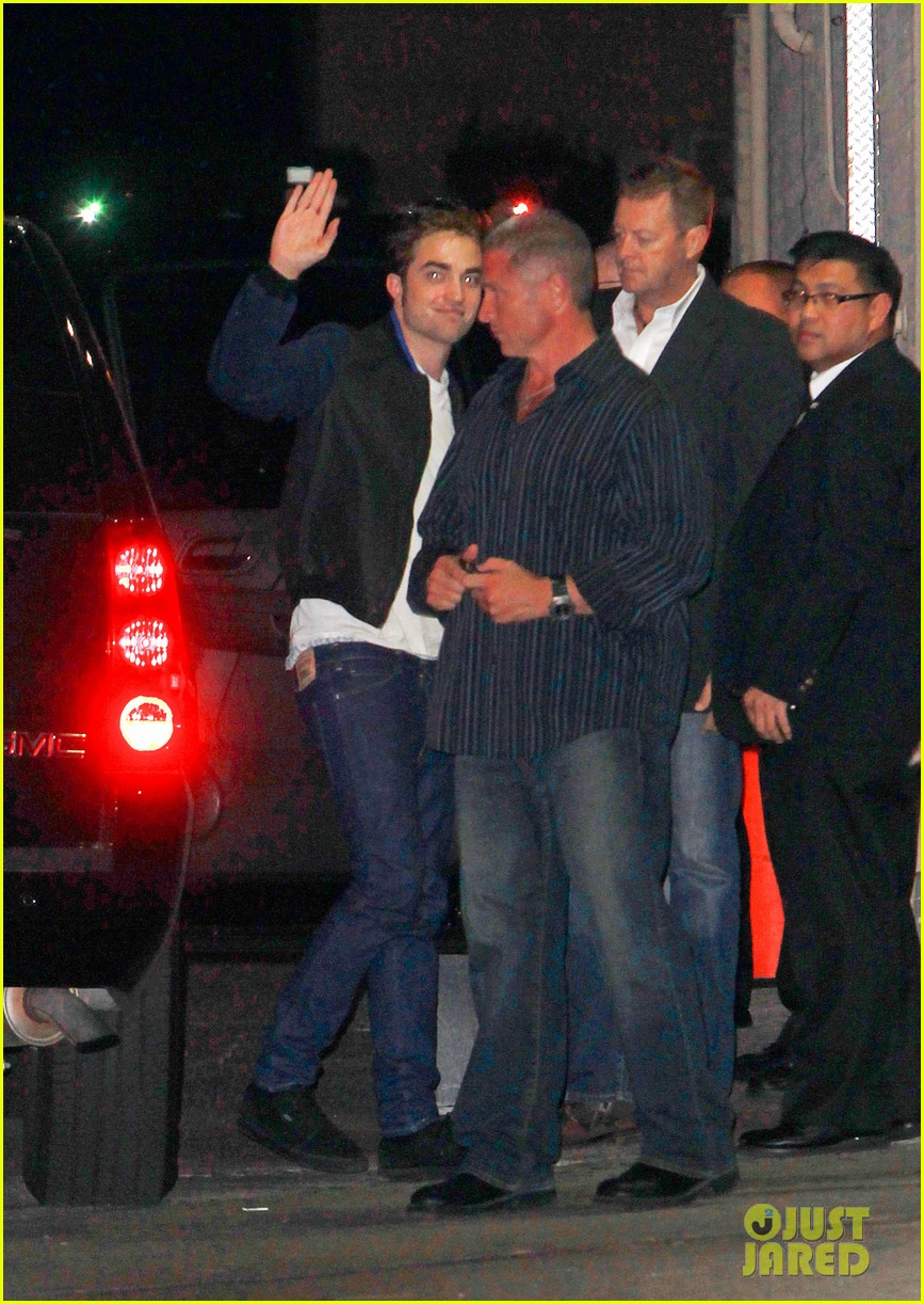 robert pattinson jimmy kimmel live guest 02
