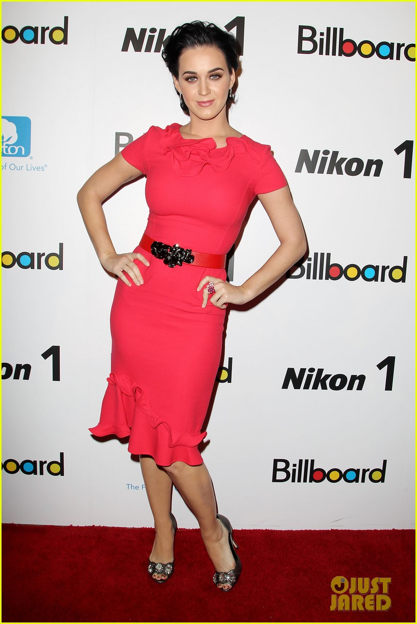 katy perry carly rae jepsen billboard women in music luncheon 16