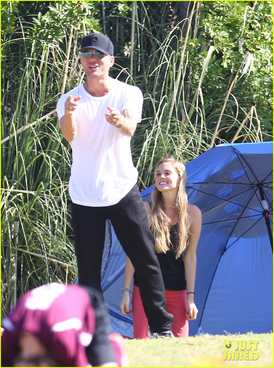 ryan phillippe deacons soccer game with paulina slagter 23