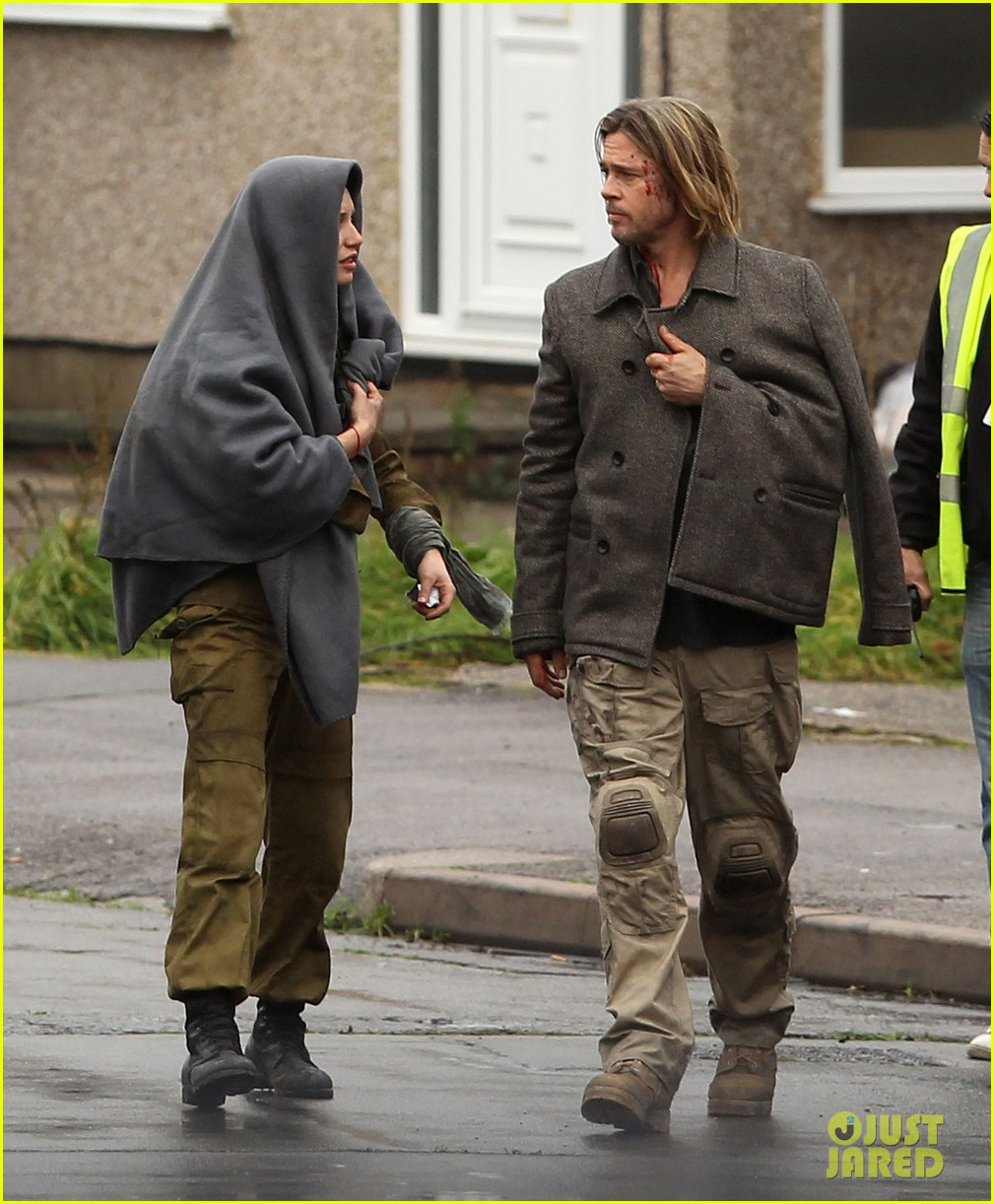 brad pitt world war z reshoots 032758095