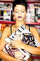 rihanna preorder unapologetic now 05