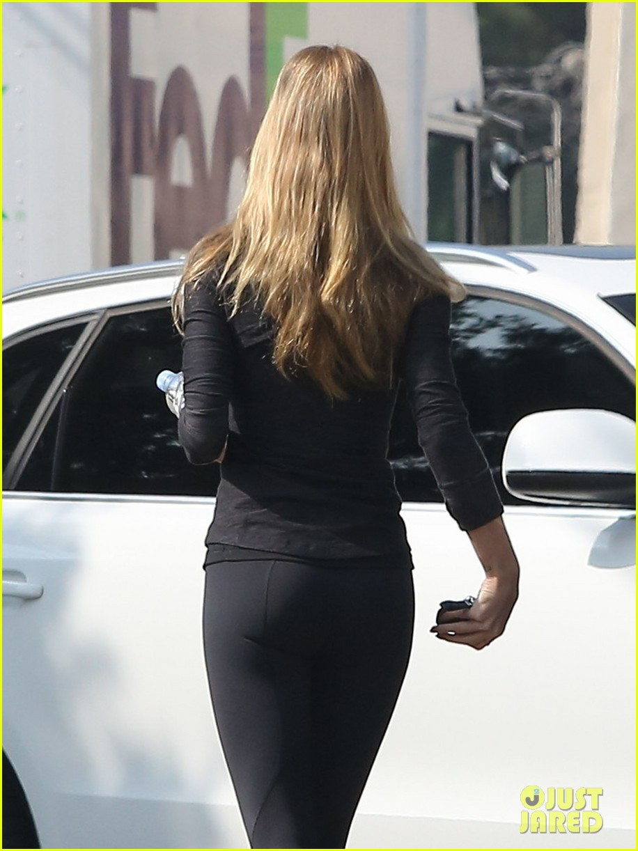 rosie huntington whiteley wednesday workout woman 09