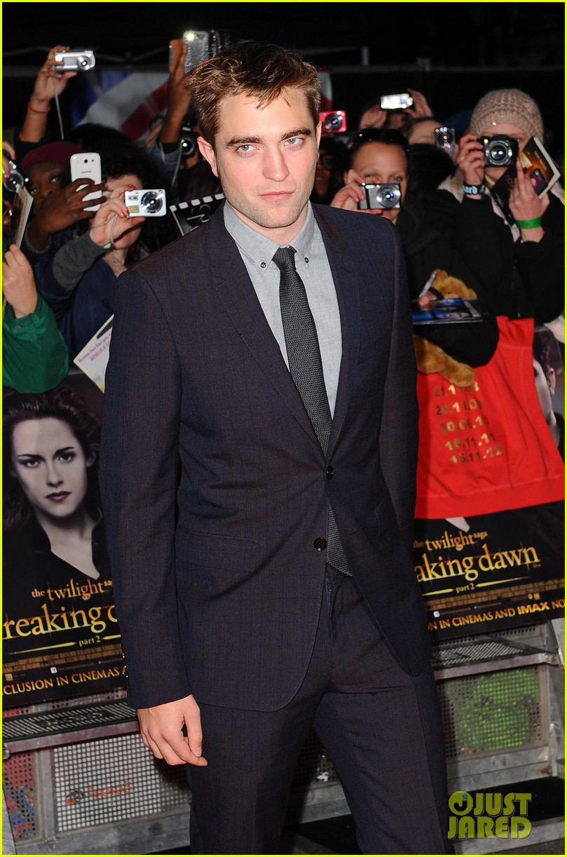 robert pattinson kristen stewart twilight breaking dawn part 2 uk premiere 092757472