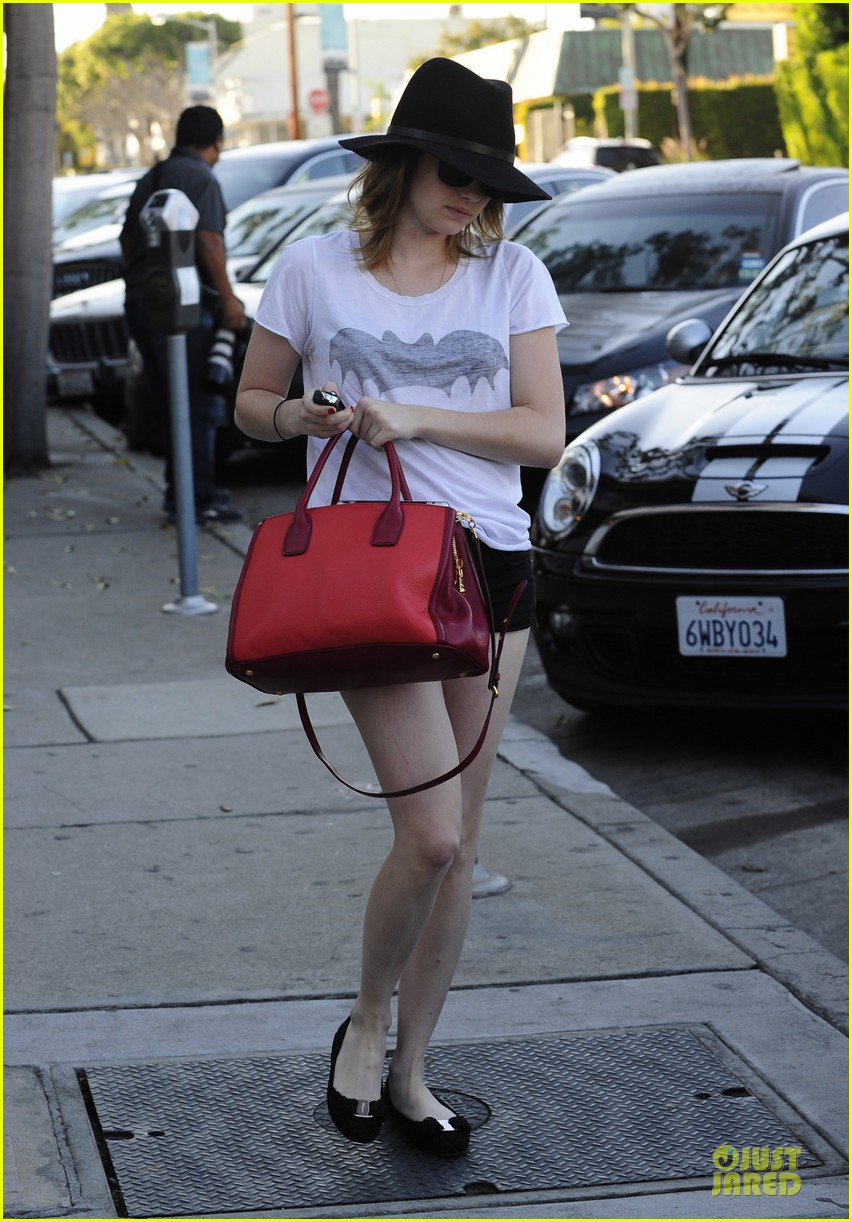 emma roberts darker hair for my next movie 11