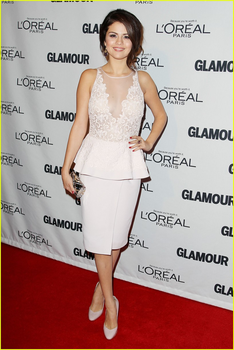 selena gomez glamour women of the year awards 03