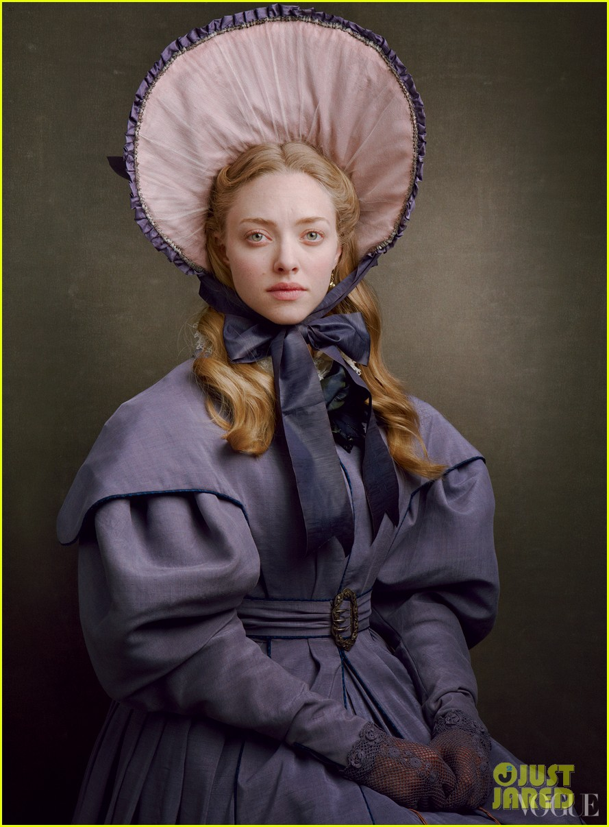 amanda seyfried eddie redmayne les miserables vogue feature 01