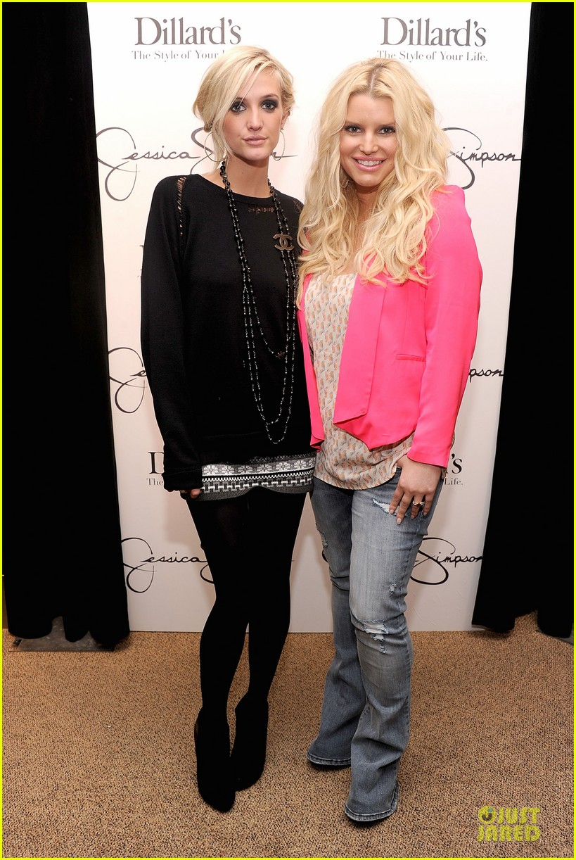 jessica simpson ashlee simpson jessica simpson collection promotion in florida 01