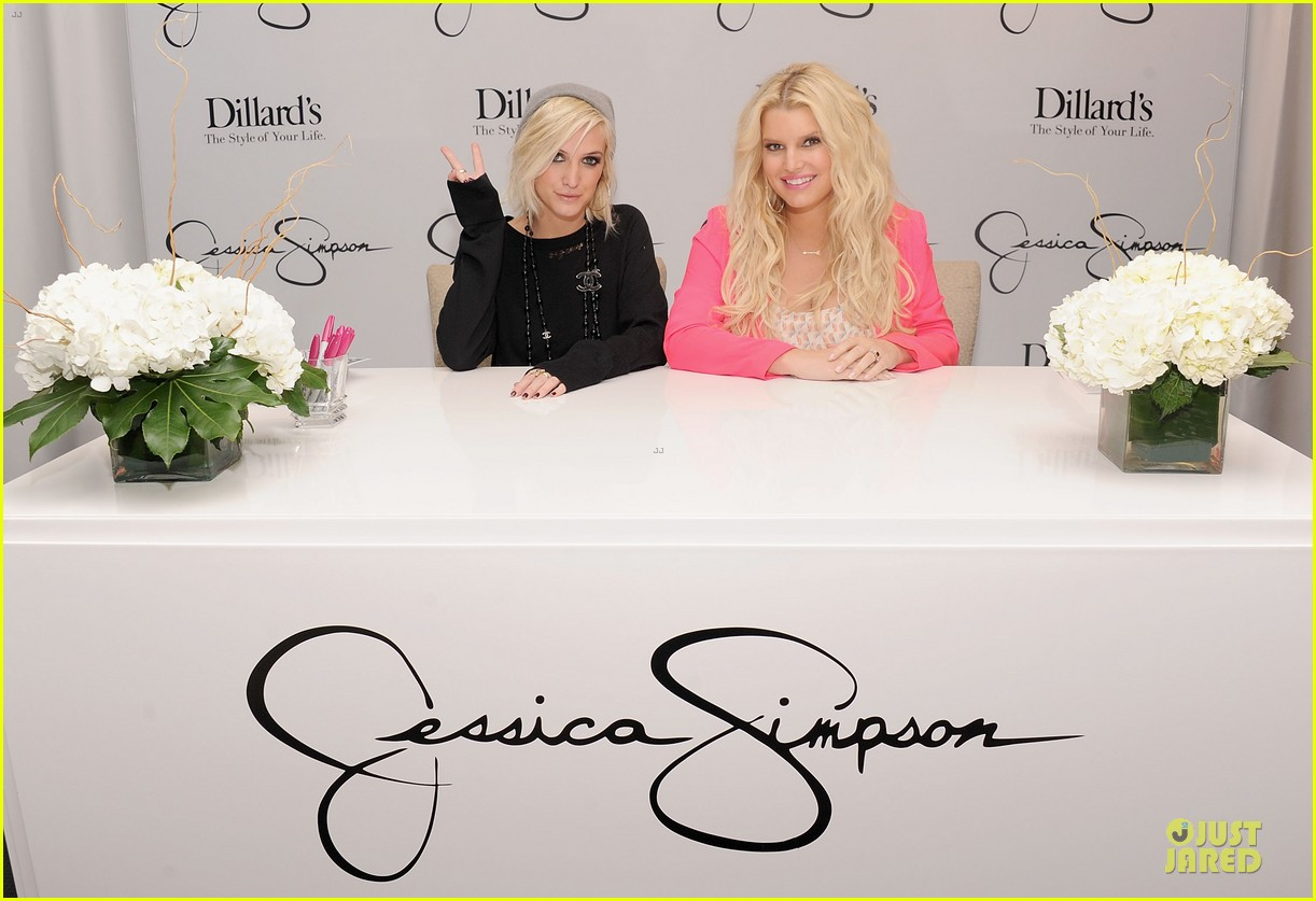 jessica simpson ashlee simpson jessica simpson collection promotion in florida 182759614