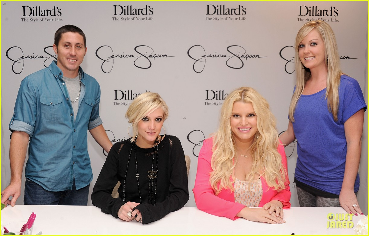 jessica simpson ashlee simpson jessica simpson collection promotion in florida 19
