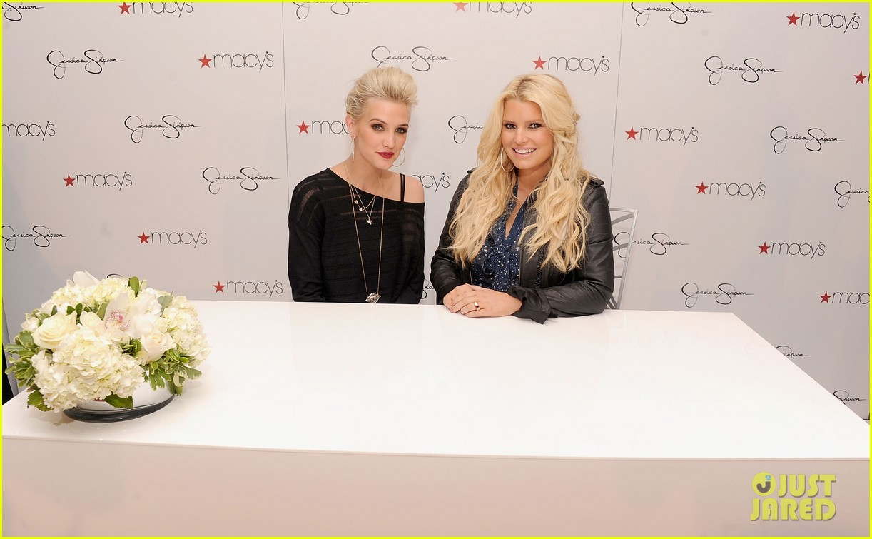 jessica simpson macys collection launch with ashlee 04